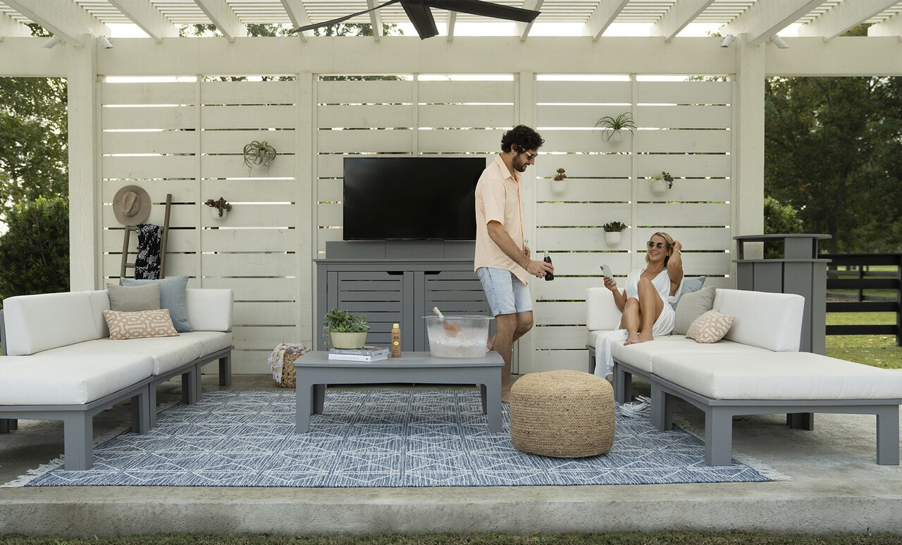 Enjoy sophisticated patio furniture from Ledge Loungers.