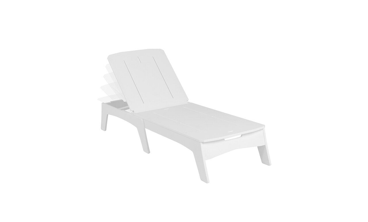 Add extra comfort and style to your outdoor space with the Ledge Lounger Mainstay Chaise.
