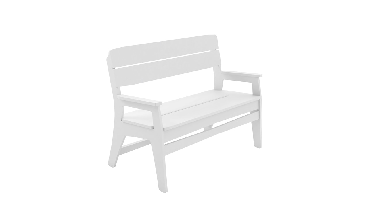 Add extra seating to the patio or pool area with the Mainstay Bench.