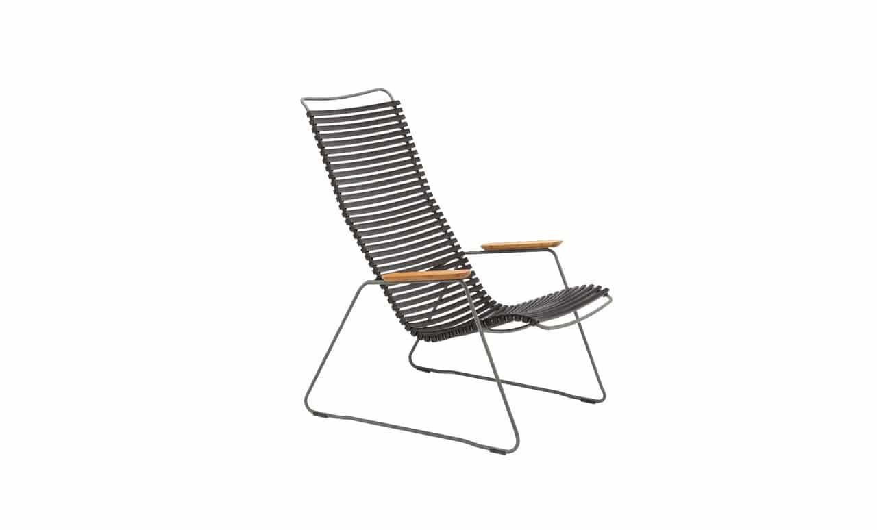 The Playnk Lounge Chair in black is a sophisticated addition to any outdoor space.